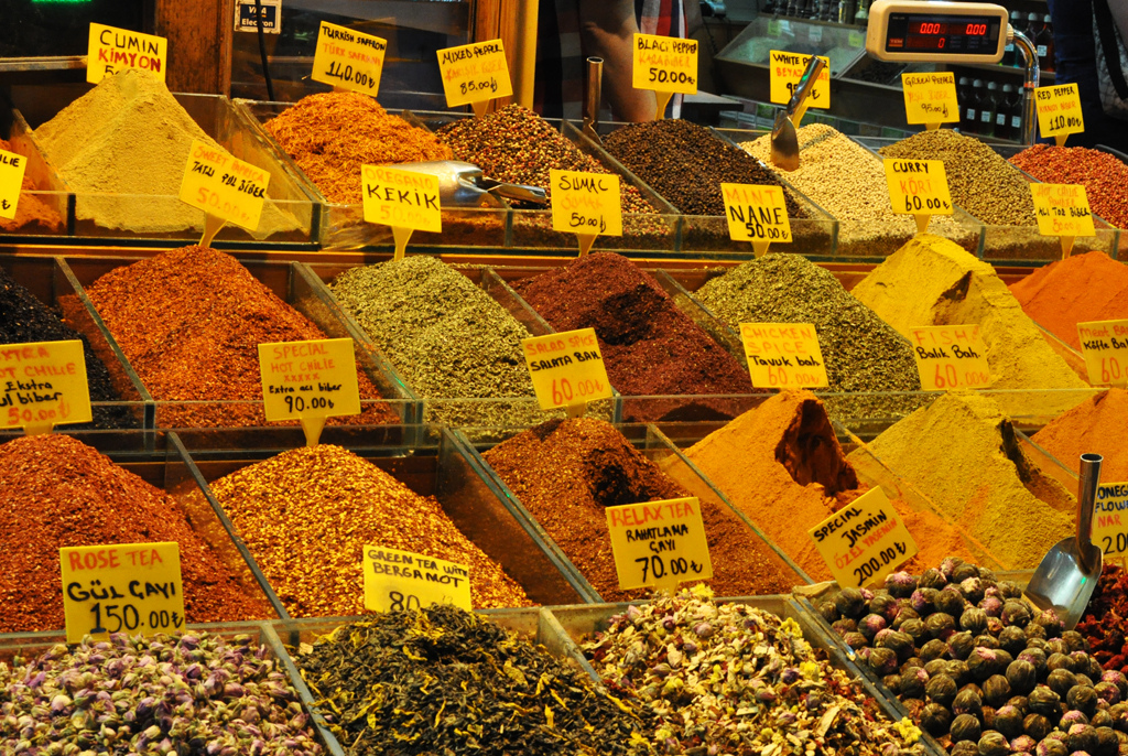 Istanbul Spice Market_flickr