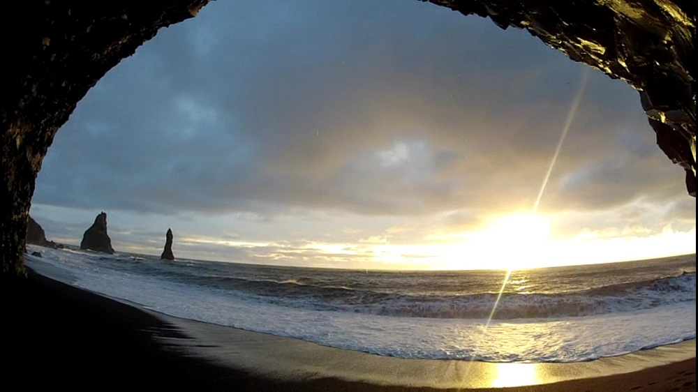 Reynisfjara_South_Iceland_05